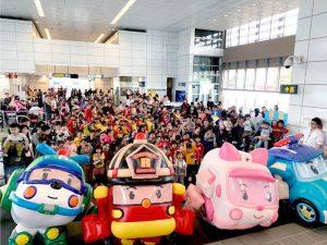 Read more about the article 로보카폴리, '제14회 국회동심한마당'에 '슈퍼히어로'로 출동!